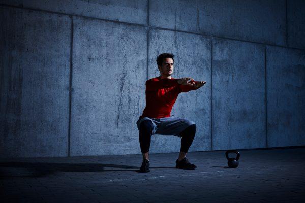 comment faire des squats au poids de corps